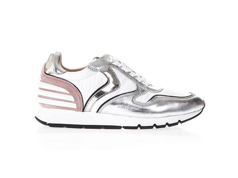 voile blanche sneaker via moda
